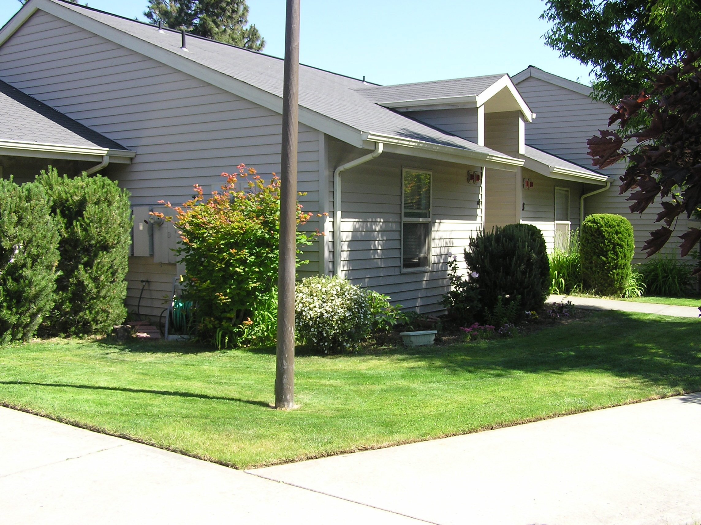 Superb Mosier Creek Terrace Mid Columbia Housing Authority Home Interior And Landscaping Oversignezvosmurscom